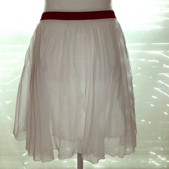8b3cfcc9d Abercrombie & Fitch Dresses & Skirts - Abercrombie & Fitch pleated chiffon  skater skirt